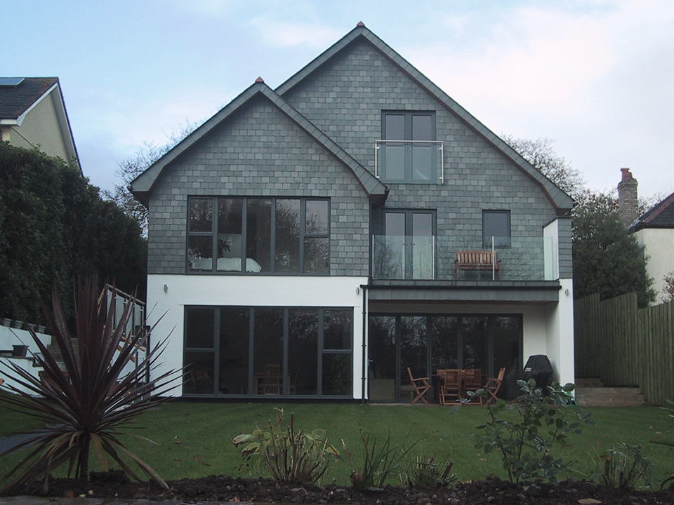An image of the back of a new build dwelling in Feock, Cornwall.