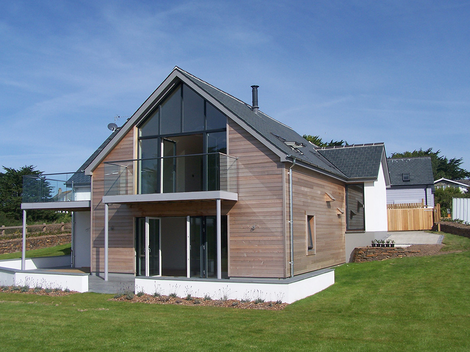 An image of a new build dwelling in Newquay, designed by architects at Construction Interior Design.
